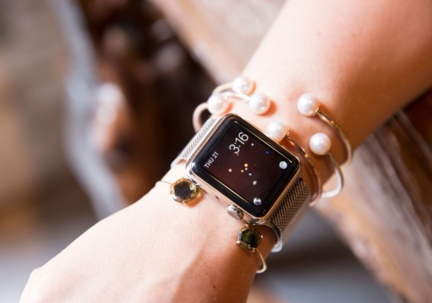 apple-watch-info-recensione-iwatch-following-your-passion-jenna-marie-wakani